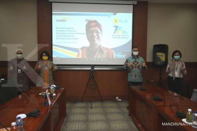 Jaga Ketahanan Pangan, Bank Mandiri Beri Kredit Mikro Produktif ke Petani Mitra PLN
