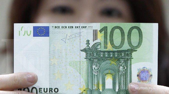 Yunani mengerek euro