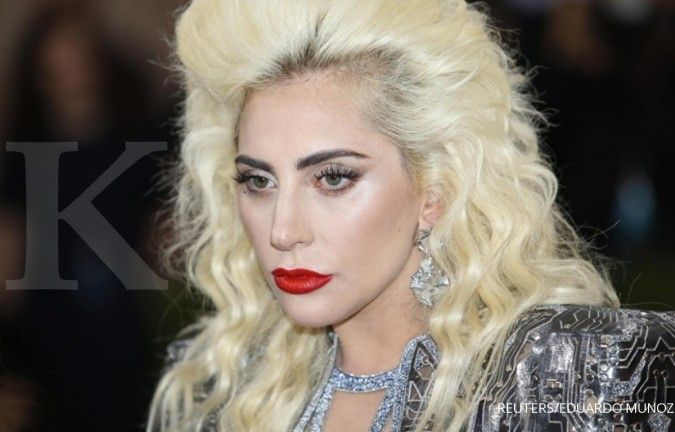 Lady Gaga gandeng Ariana Grande di album Chromatica