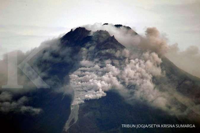 Gunung Merapi punya dua kubah lava, pertama kali dalam sejarah