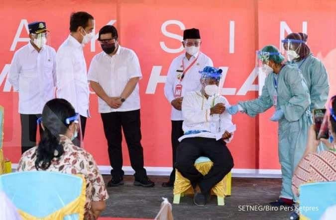Seloroh Jokowi ke Erick Thohir: Semua klub dibeli