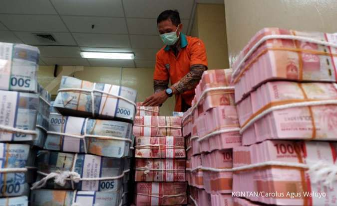 Pemprov DKI Jakarta akan beri BLT uang tunai mulai tahun 2021./pho KONTAN/Carolus Agus Waluyo/17/12/2019.