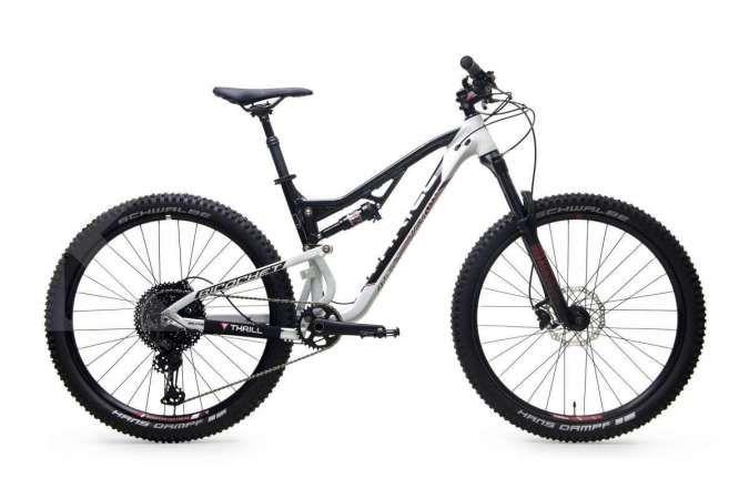 Seri full suspension, harga sepeda gunung Thrill Ricochet T120 Elite Rp 16 jutaan