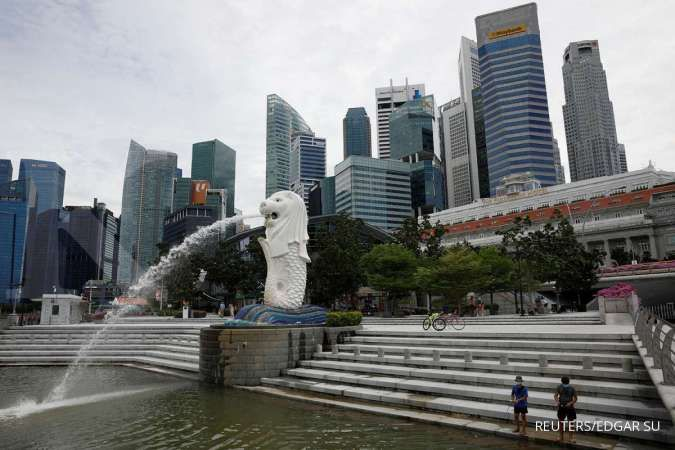 Singapore PM says COVID-19 new normal could take up to 6 months