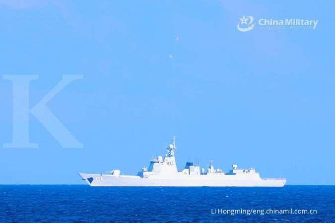 Angkatan Laut China resmi tugaskan Nanning, kapal perusak baru dengan peluru kendali