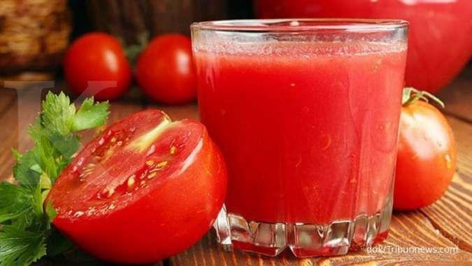 Kaya akan antioksidan dan serat, ini manfaat jus tomat untuk penderita diabetes