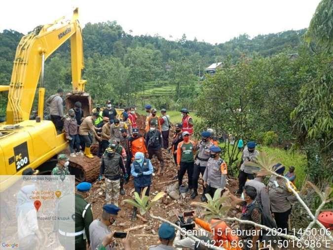 10 Korban tanah longsor di Nganjuk Jawa Timur masih dalam pencarian tim gabungan