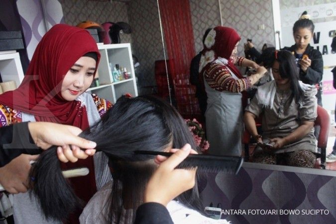 Moms.... bahan alami bisa digunakan untuk basmi kutu rambut