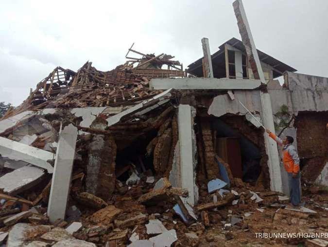 Apa yang harus dilakukan saat terjadi gempa bumi? Simak di sini informasinya