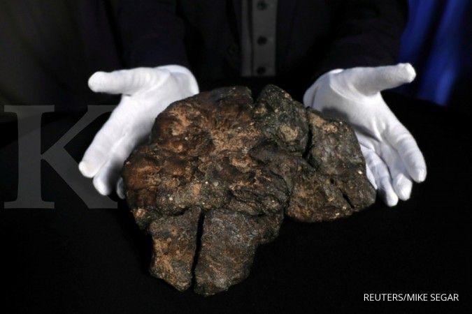 Kisah Josua yang rumahnya tertimpa batu meteor, laku dijual Rp 200 juta