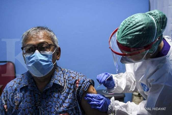 Vaksinasi Covid-19 untuk lansia di Surabaya dimulai