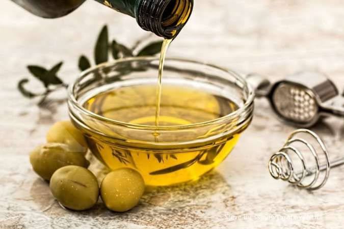 6 Manfaat Minyak Zaitun Untuk Wajah Dan Cara Menggunakannya