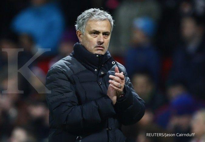 Jose Mourinho tolak vaksinasi pada pemain Liga Inggris