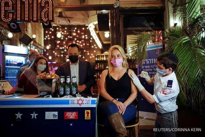 Warga Israel sudah bebas dari masker, baik di dalam dan luar ruangan