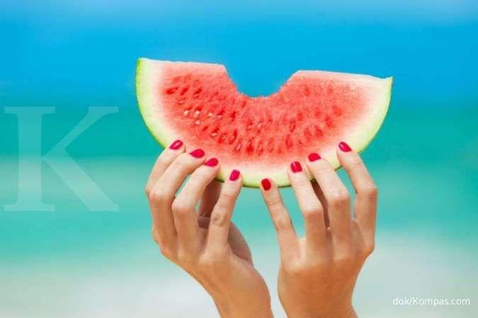 Salah satu manfaat semangka adalah menurunkan tekanan darah tinggi.