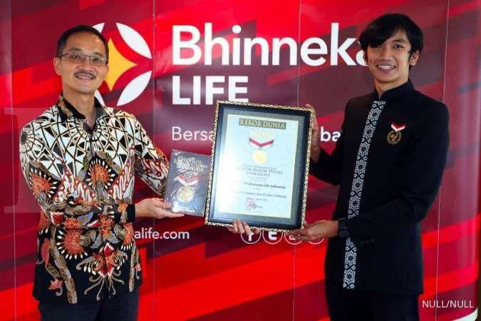 Bhinneka Life mendapatkan rekor MURI pemberian polis asuransi kecelakaan gratis