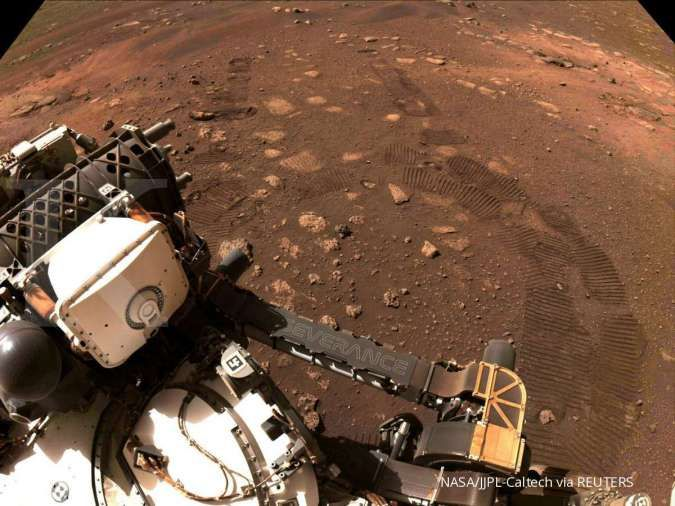 Scientists speculate life may have appeared earlier on Mars than on Earth