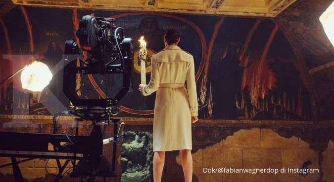 Sutradara rilis 2 foto Gal Gadot pemeran Wonder Woman di Zack Snyder's Justice League