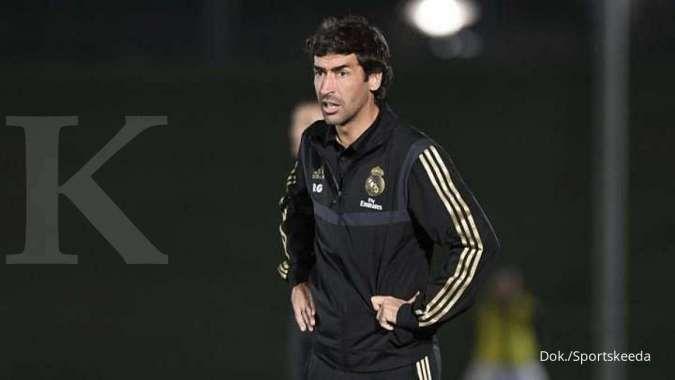 Raul Gonzalez menjadi opsi pengganti Zinedine Zidane di Real Madrid