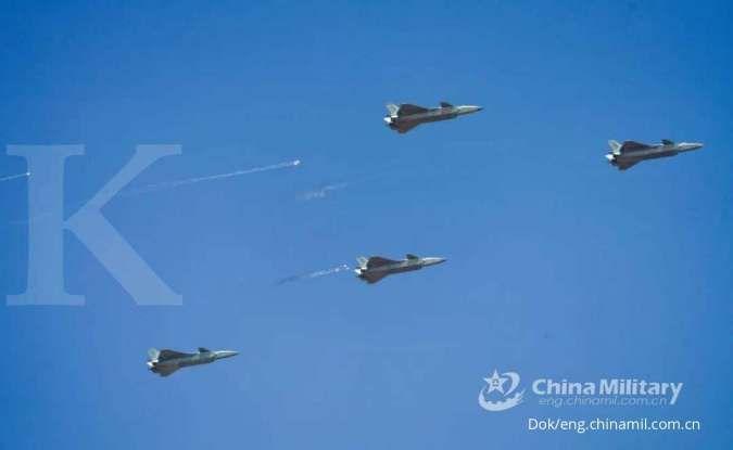 Jet tempur siluman J-20 unjuk gigi di Airshow China 2021, begini kemampuannya