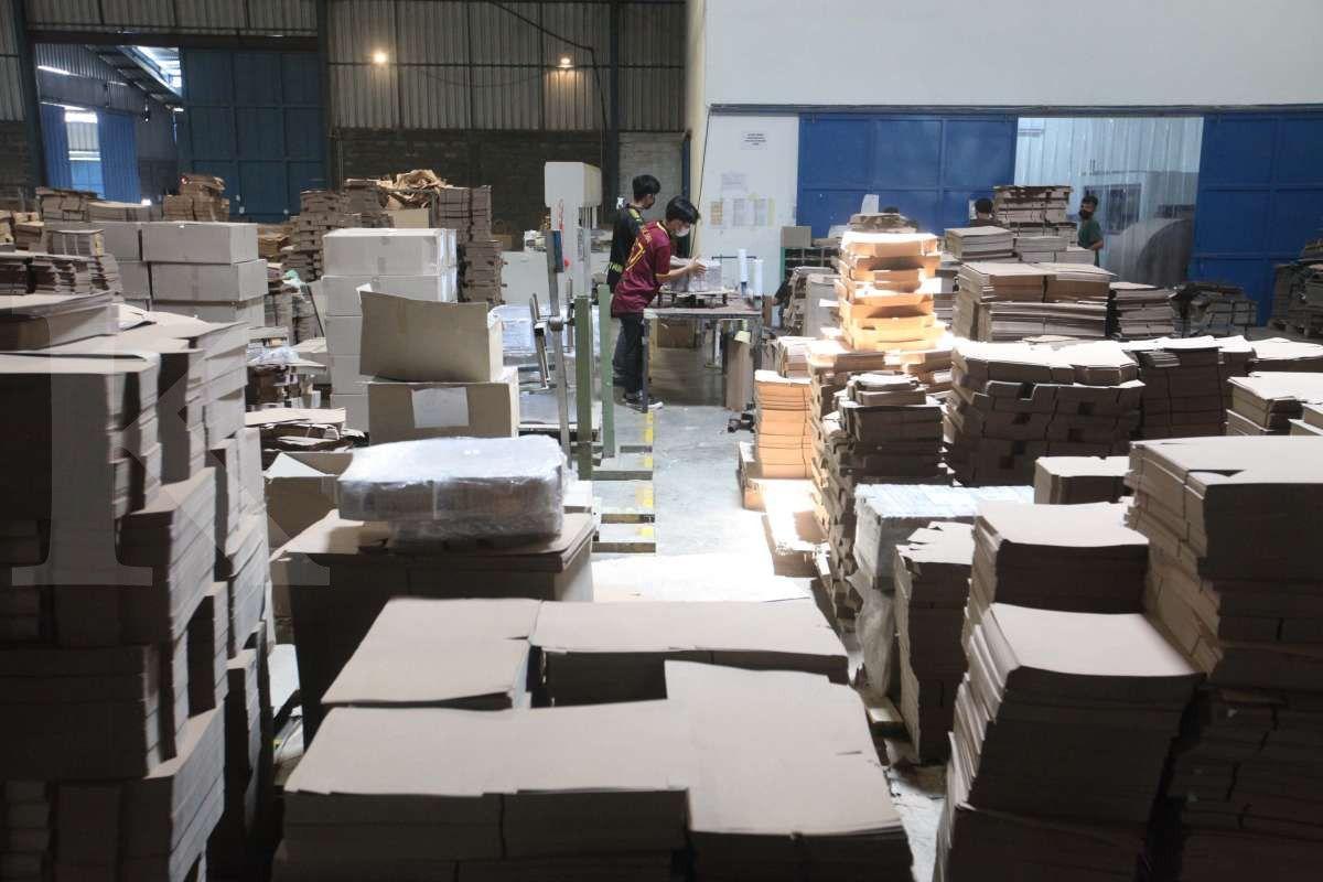 Produksi paper bag