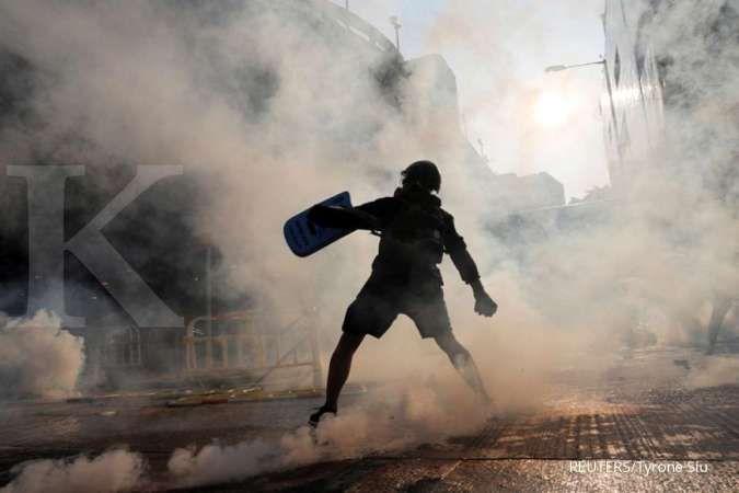 Ribuan pendemo turun ke jalan, pasca Hong Kong menerapkan undang-undang darurat