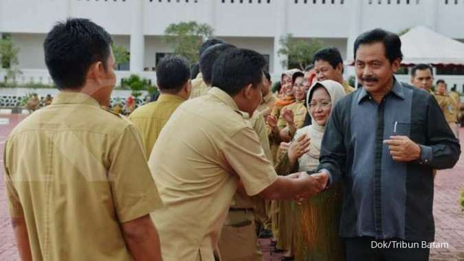 Pagi ini, enam orang yang diamankan KPK diterbangkan ke Jakarta