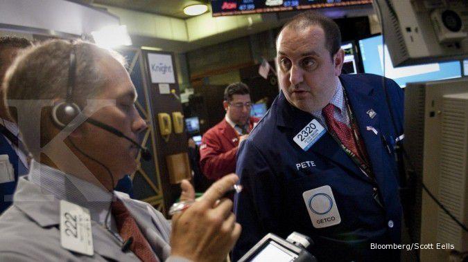 Saham Facebook rekor, Wall Street sumringah