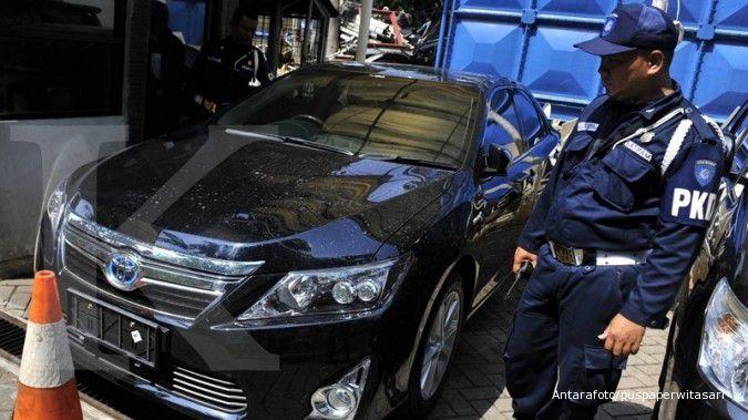 Lelang mobil dinas BPS, ada Camry dan Vitara, ini linknya