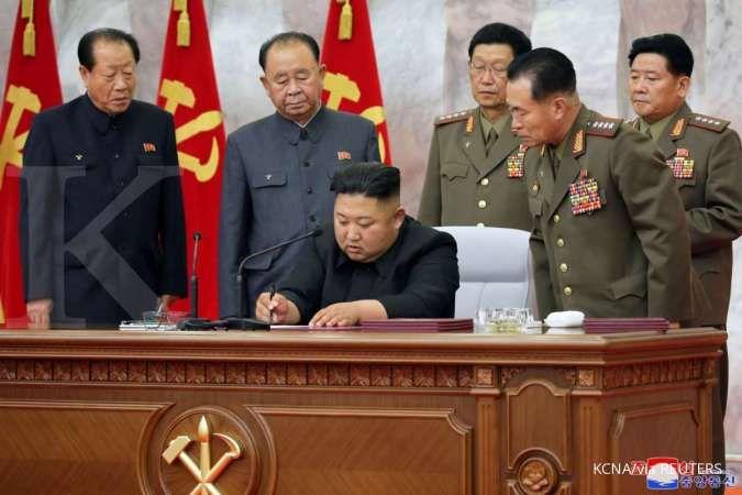 Kim Jong Un muncul, pasukan bersenjata strategis Korea Utara siaga tinggi