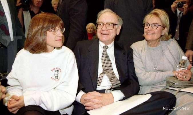 Warren Buffett beberkan alasan tak bagikan sisa kekayaan ke anak-anaknya