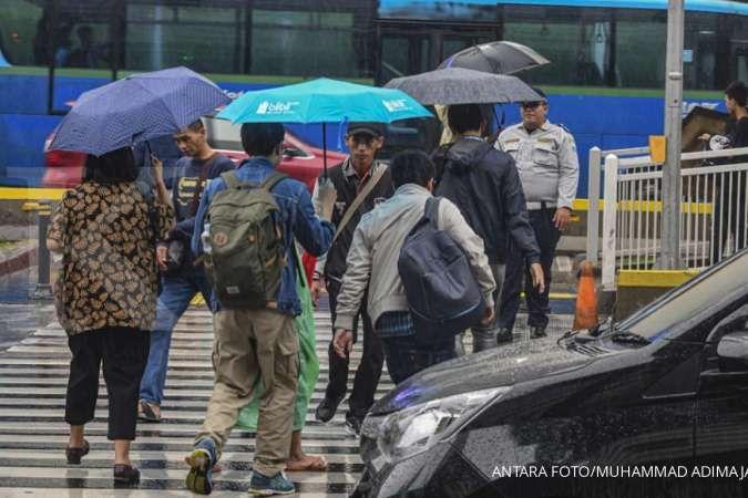 Cuaca besok di Jabodetabek cerah hingga berawan, sebagian Jakarta, Bogor, Depok hujan