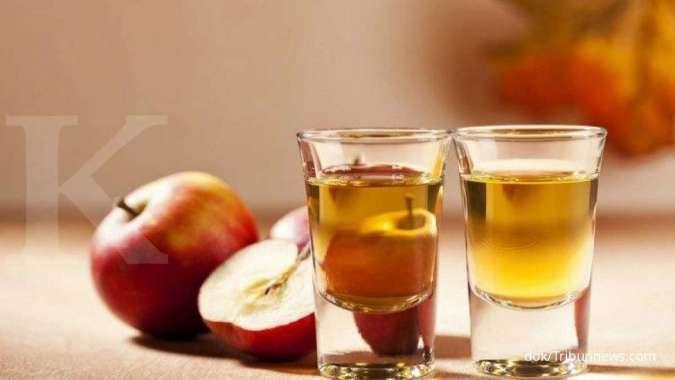 Minum cuka apel bisa membantu menurunkan asam urat tinggi