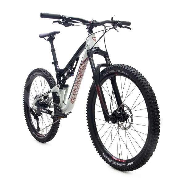 Sepeda gunung Thrill Richochet T120 Elite