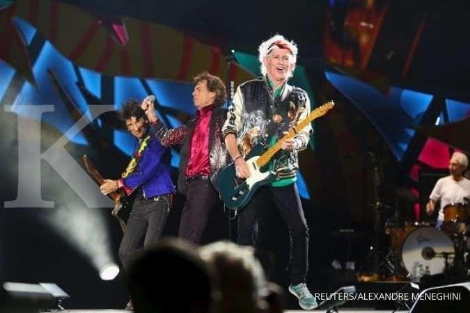 Rolling Stones merilis lagu baru berjudul Living in a Ghost Town