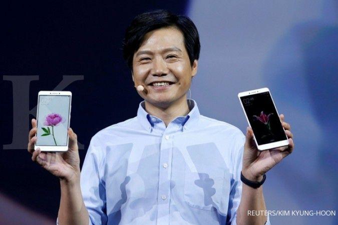 CEO Xiaomi ketahuan pakai iPhone lantaran unggahan di media sosial