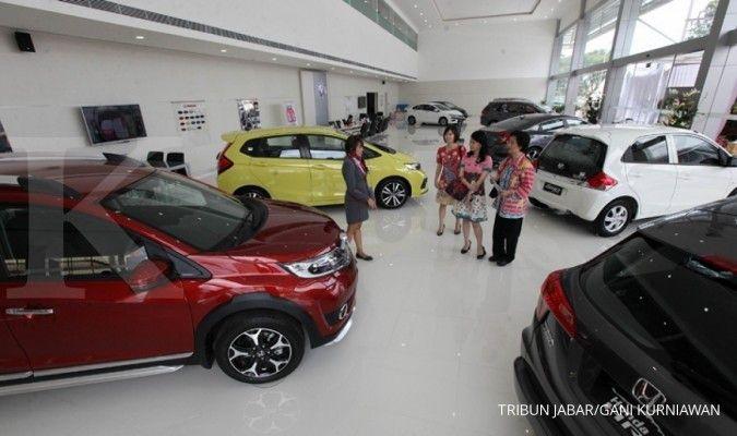 Periksa deretan harga mobil baru murah Rp 100 jutaan per April 2021