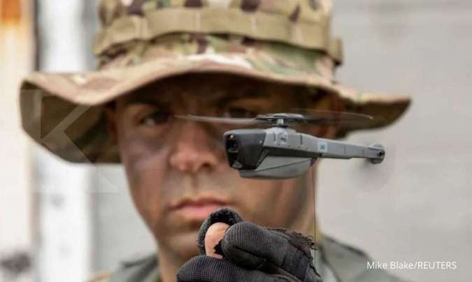 Mengintip kemampuan Fengniao, drone mungil China pesaing Black Hornet milik AS