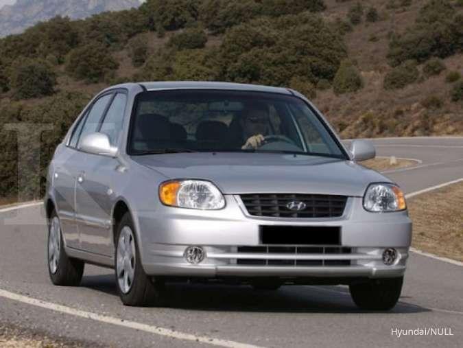 Harga mobil bekas Hyundai Avega