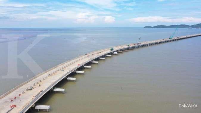 Wijaya Karya menyelesaikan pembangunan jembatan penghubung dermaga di Terminal Kijing