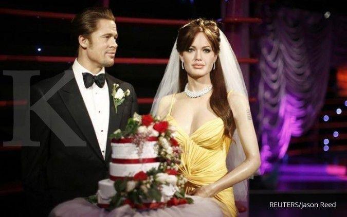Madame Tussauds pisahkan Angelina Jolie-Brad Pitt