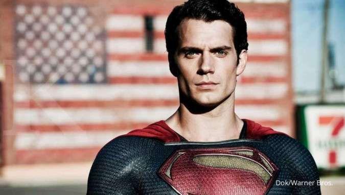 Aktor Henry Cavill pemeran Superman ingin menjadi James Bond setelah Daniel Craig