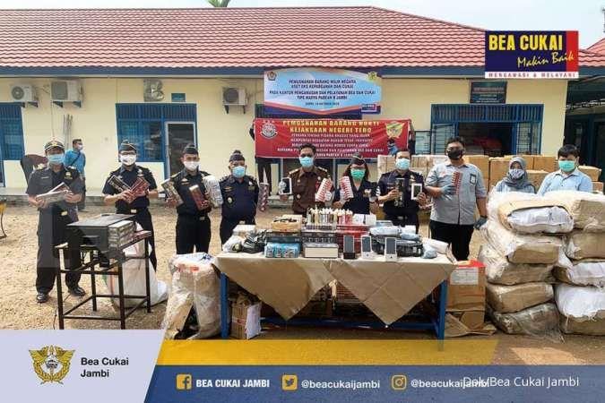 Bea Cukai Jambi musnahkan barang ilegal senilai Rp 1,5 miliar