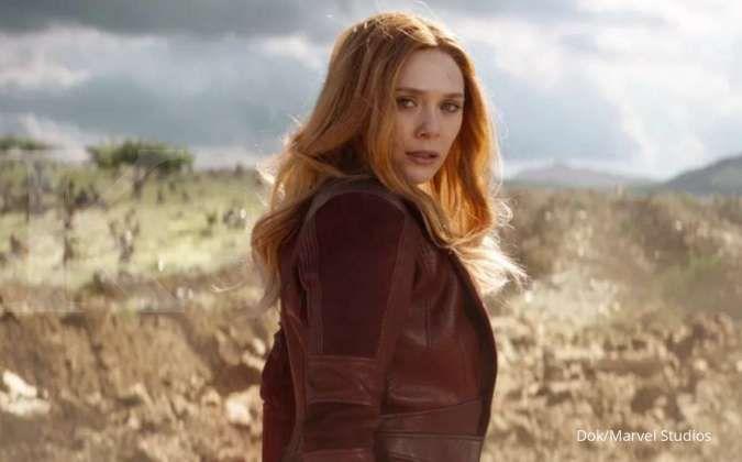 Elizabeth Olsen pemeran Wanda di film Avengers: Infinity War (2018).