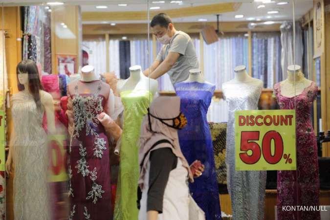 Konsumsi masyarakat ke pusat perbelanjaan diprediksi meningkat karena larangan mudik