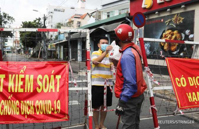 Vietnam to extend lockdown throughout southern region as COVID cases soar