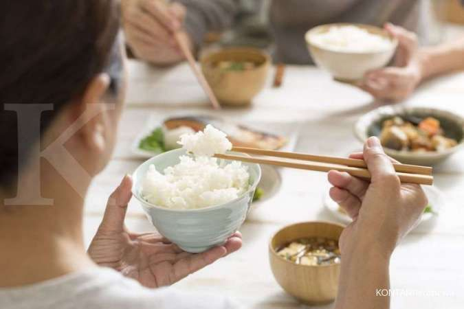 Diet tanpa nasi, manfaat dan risiko yang perlu Anda tahu