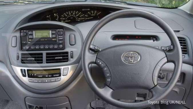 Interior Toyota Previa