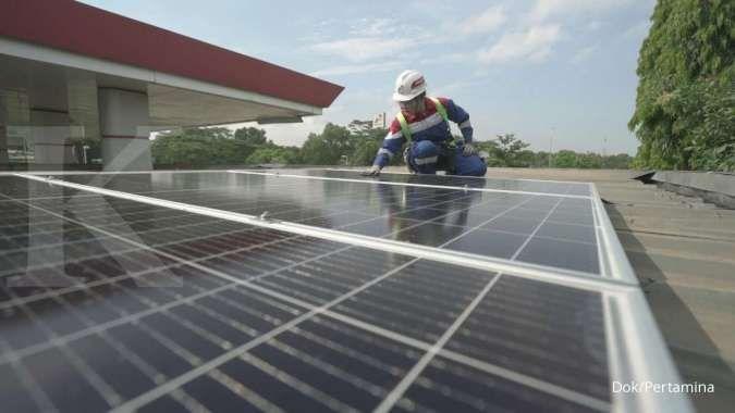 Pertamina pasang PLTS atap di 5.000 SPBU, bisa hemat tagihan listrik Rp 4 miliar