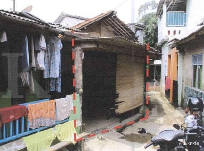 Boleh pilih, lelang rumah sitaan bank di Depok, murah hanya Rp 200-an juta